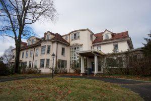 Case Mansion