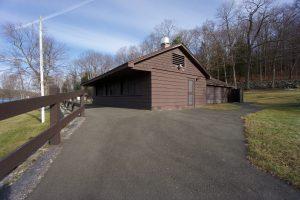 Mount Tom Beach Stand